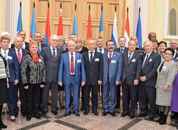 Sindicatele din comunicații s-au întrunit la Petersburg