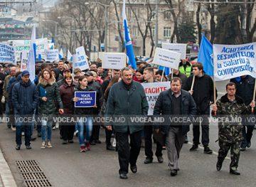 Revin protestele? Feroviarii ameninţă cu manifestații stradale de amploare, dacă nu li se vor achita salariile