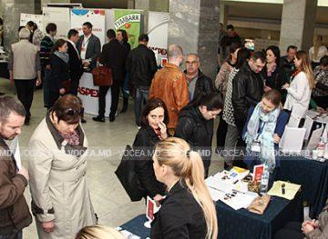 Ярмарка вакансий в Кишиневе. Нашим гражданам предлагают работу в Румынии, Германии, Таиланде и даже в Индии