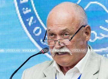 Думитру Иванов, председатель Профсоюзной федерации образования и науки: «Пока зарплата будет ничтожной, нам грозит остаться без педагогов»