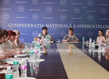 Probleme ce vizează protecţia femeilor, discutate de Consiliul de femei din cadrul CNSM