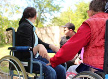 Servicii de integrare socială a persoanelor cu dizabilităţi