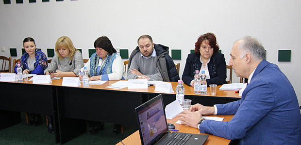 Stabilire de sarcini pentru aplicarea legii privind comitetele sectoriale