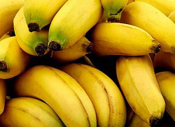Sfaturi naturiste. Beneficiile bananelor pentru sănătate
