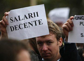 Funcționarii locali cer autorităţilor centrale majorarea salariilor