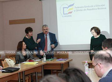Ministerul de resort, deschis dialogului cu profesorii