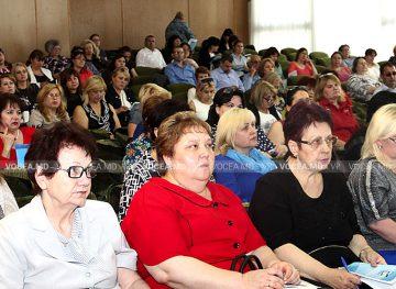 Проблемы образования обсудили на заседании Кишиневского муниципального совета FSEȘ