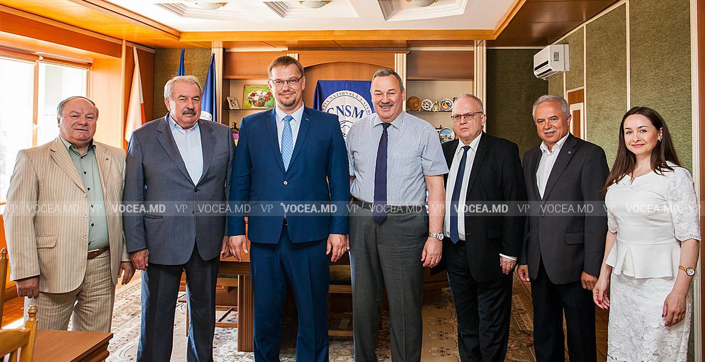 cnsm-ambasada-poloniei
