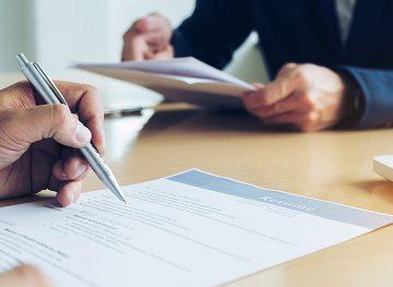 Отзыв заявления об отставке. Увольнение в связи с утратой доверия к работнику