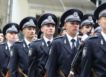 Если полицейские объединены в профсоюз, страна идет демократическим путем