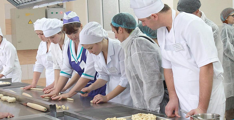 Привлечение молодых людей к работе в своей родной стране