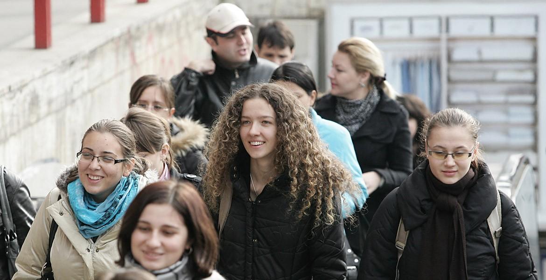 Испытательный срок при трудоустройстве молодых людей. Сокращение рабочего времени