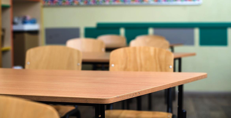 За последние годы тысячи педагогов покинули систему образования