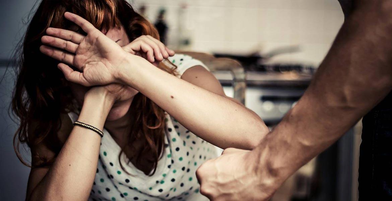 Sfatul avocatului. Violenţa în familie