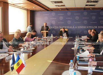 Sindicaliştii au propus chestiuni pentru a fi discutate în Comisia tripartită