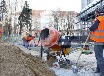 Insistă pe măsuri concrete de asigurare a creşterii economice în construcţii