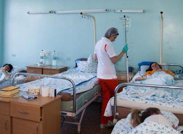 ВОЗ признает решающую роль медсестер и акушерок