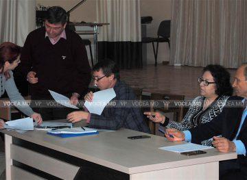 Vinovat fără vină, pieptiș cu birocrația: tânăr pedagog fără indemnizație de la stat