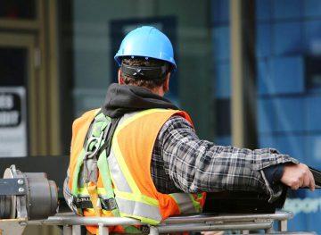 Inspecţia muncii. Consultaţii şi instruiri în domeniul securităţii şi sănătăţii în muncă
