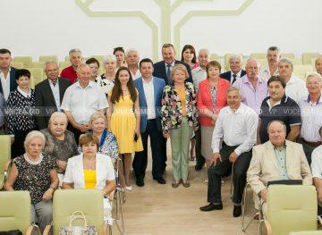 Газете «Vocea poporului» 30 лет! Крепкий связующий мост