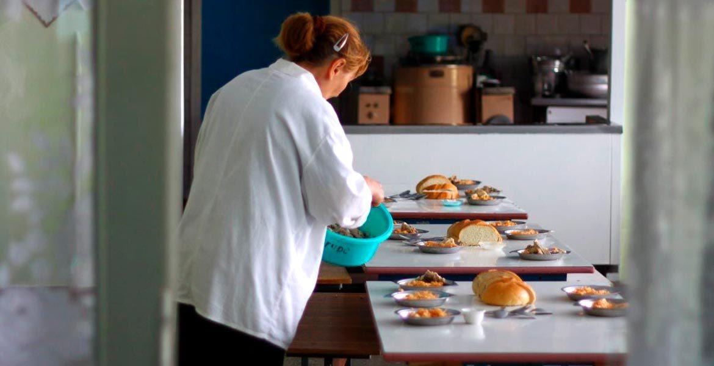 Sute de angajați din alimentația publică au rămas fără surse de venituri
