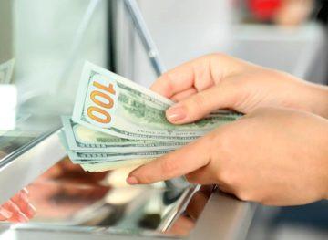Transferuri bănești mai multe, venituri mai puține