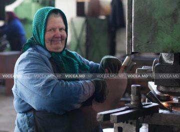 Zeci de mii de persoane au beneficiat de reexaminarea pensiei pentru limită de vârstă