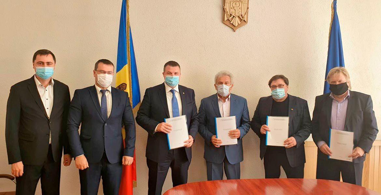 Federația Sindicatelor Transportatorilor și Drumarilor a semnat CCM cu partenerii sociali