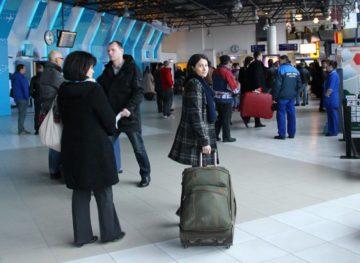 Moldovenii de peste hotare trimit tot mai mulți bani celor rămași acasă