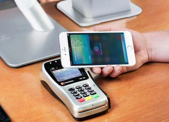 Număr-record de tranzacții efectuate cu cardurile bancare, în anul trecut