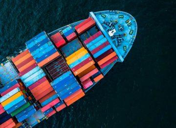 Restricţiile şi veniturile reduse au afectat volumul schimburilor comerciale