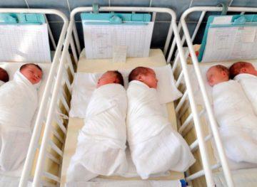 Numărul nou-născuților din Republica Moldova se află în continuă descreștere