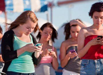 Reguli esențiale de conduită pe platformele de socializare